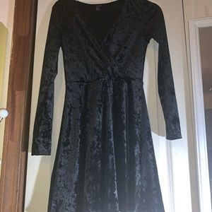 Forever 21 Black velvet dress